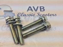 Bouten tbv cilinderkop SF incl. veer-, en sluitringen