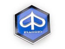Logo zeskant Piaggio 27x30, zit op neus 50 special